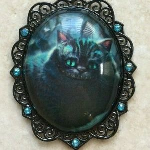 CHESHIRE CAT ALICE IN WONDERLAND PENDANT NECKLACE